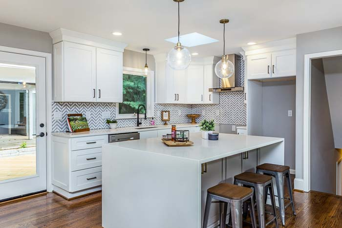 lighting example in simple kitchen designs