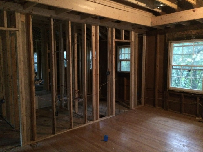 Framing Basics 101: How to Frame Windows, Walls, Corners & Doors featured by top home investment blog, The Inspiring Investment - how to frame a wall
