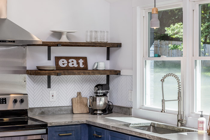 DIY Concrete Countertops: Part 2  – Helpful Guide to Pouring & Installation